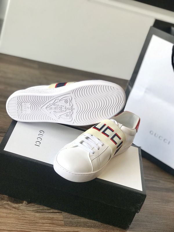 f9926d86e07 Gucci shoes sneakers for Sale in Charlotte