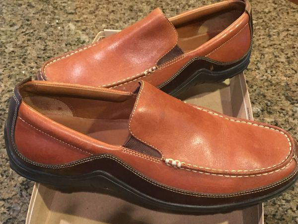 e4bd29f3444 Cole Haan Loafers Men size 8 1 2 M for Sale in Corona