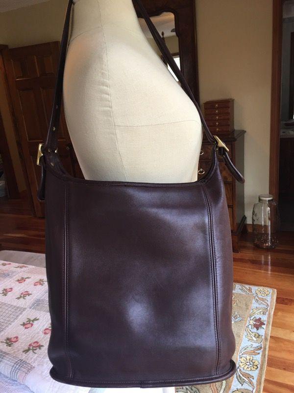 14c0ecd48a Vtg COACH LEGACY Brown Large Leather Slim Duffle Tote Bucket Purse Bag 9060