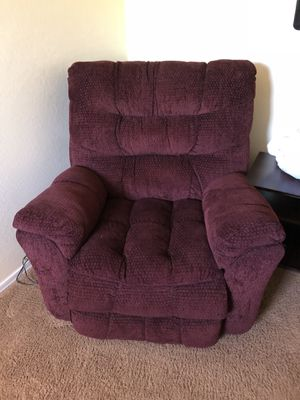 Like brand new recliner with massage for Sale in Phoenix, AZ