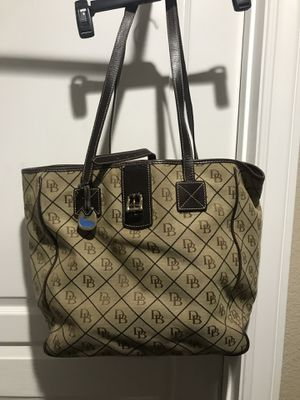 Dooney & Bourke Large laptop/carry on bag for Sale in Martinez, CA
