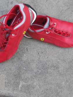 Red Ferrari/Puma Original Shoes Thumbnail