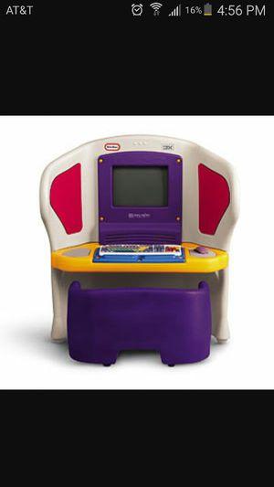 Little Tikes Young Explorer computer desk (Furniture) in Stroudsburg ...