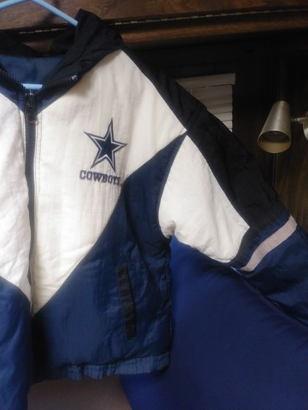 on sale 82bf8 43a10 Reversible official DALLAS COWBOYS jacket for Sale in Long Beach, CA -  OfferUp