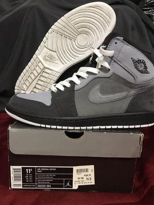 ed188551d31887 Jordan Retro 1 s High grey size 11.5 for Sale in Inglewood