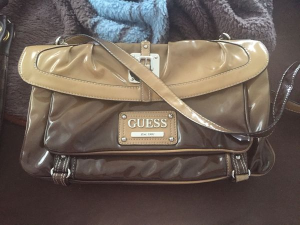 d7359fa62739 Guess Ombré Clutch Large Purse In North Fort Myers Fl