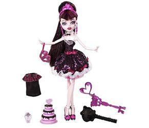 Monster High Sweet 1600 Draculaura Items Thumbnail