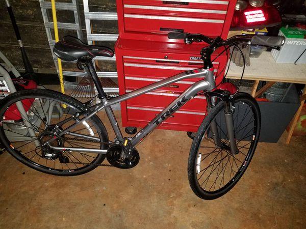 dff2527641c Trek 8.2 Dual Sport Alpha Gold Aluminum Bicycle for Sale in ...