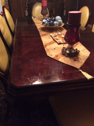 Set of 8 CHAIRS + 1 TABLE + 2 OTTOMANS for Sale in Hyattsville, MD