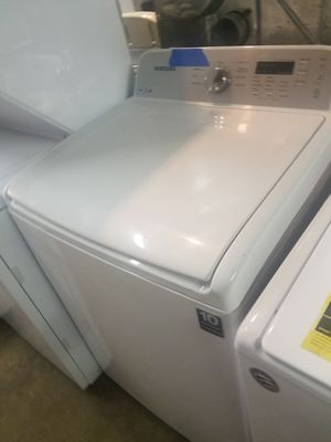 Top load washer excellent condition for Sale in Baltimore, MD