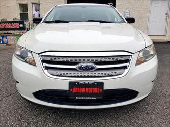 2011 Ford Taurus Thumbnail