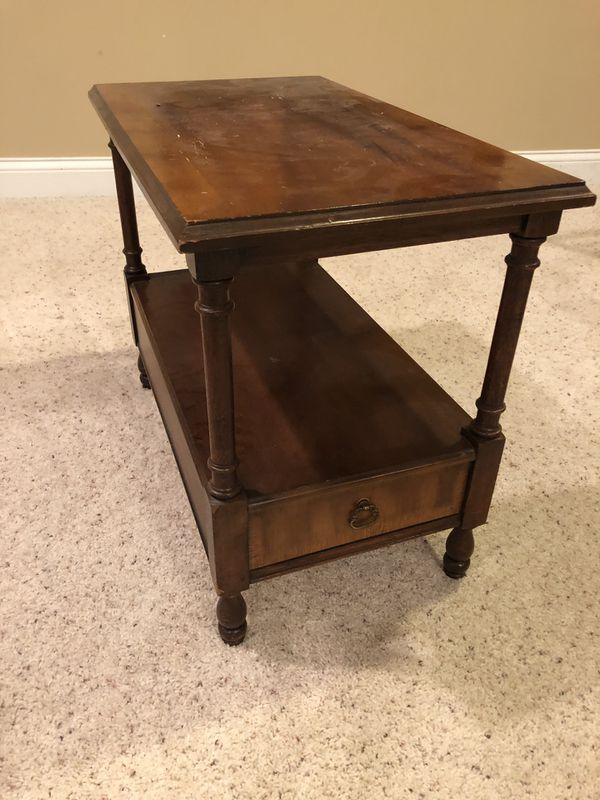 Delwood Coffee Table.Vintage Delwood Side Table For Sale In St Charles Il Offerup