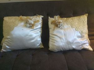 Wedding or quinceañera pillow. for Sale in Salt Lake City, UT
