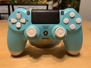 Photo Custom PS4 berry blue controller - custom Playstation 4 controller