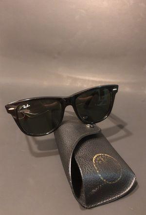 RayBan WAYFARER sunglasses for Sale in Orlando, FL