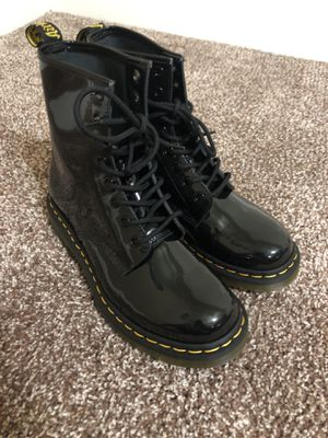Dr Martens Patent Leather Women's size 8 for Sale in Adelphi, MD