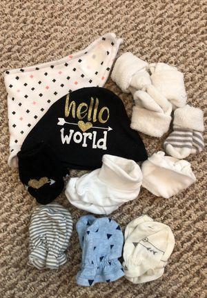 Newborn socks hat mittens and bib for Sale in Alexandria, VA