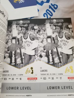 WARRIORS vs LAKERS for Sale in San Francisco, CA