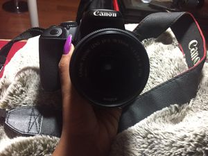 Canon T4i + 75-300mm lens for Sale in Pittsburgh, PA