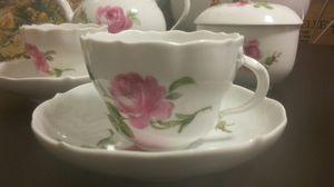 LOVELY TEA SET ROMANCE ROSES for Sale in San Francisco, CA