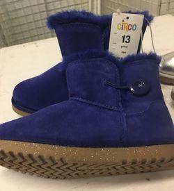Girls boots Thumbnail