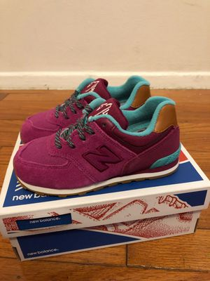 New balance 574 shows toddler girl sz10 for Sale in Silver Spring, MD