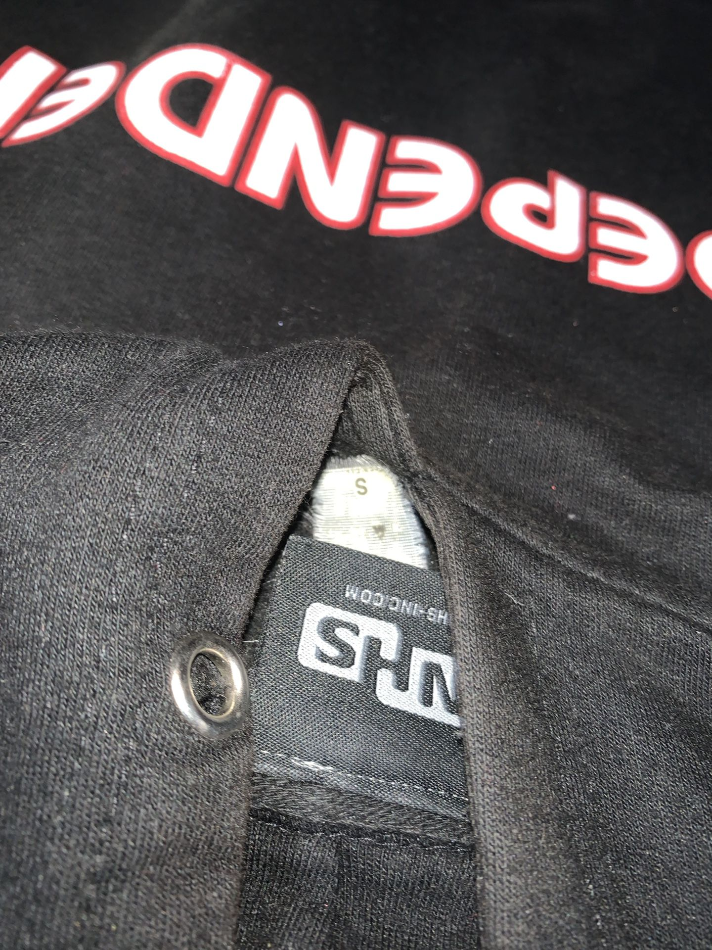 Independent hoodie small