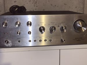 Photo Onkyo A-10 Power Amplifier.