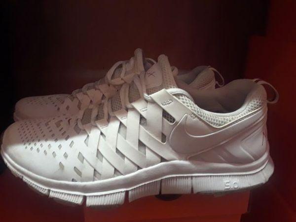 5b4f5bb0eb7 JJ Watt Nike Fingertrap Max Size 10.5 for Sale in Houston