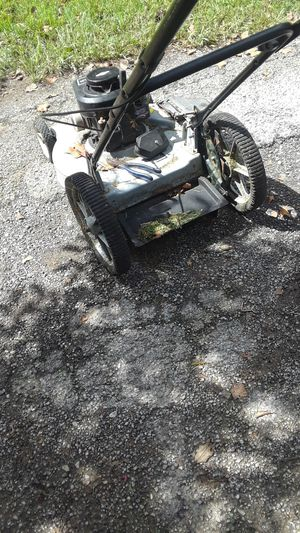 Rebuilt lawn mower with all new parts to the engine for Sale in Houston, TX