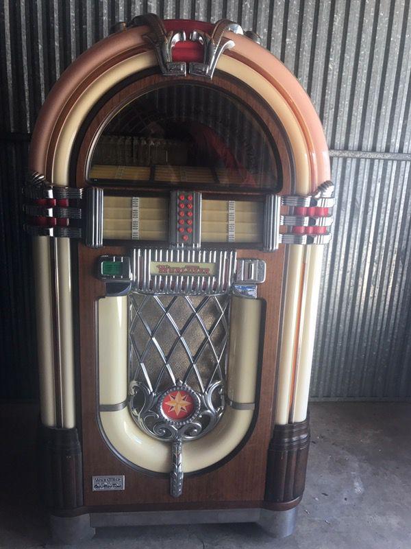 Wurlitzer 1015 OMT Jukebox for Sale in Miami, FL - OfferUp