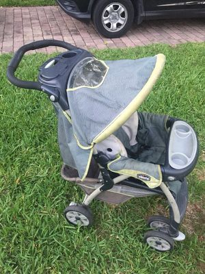 Chicco stroller for Sale in Miami, FL