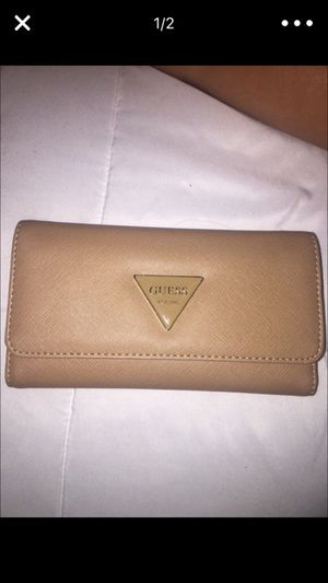 5dd6895089 ... New and Used Wallets for Sale in Carson CA OfferUp Guess Wallet for Sale  in Carson CA Source · SALE BNWT GUESS CARSON Stud Small Backpack Shoulder  ...