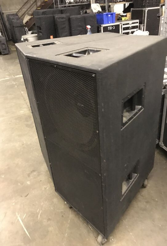Set of 2 McCauley SA188 dual 18 inch subs for Sale in Modesto, CA - OfferUp