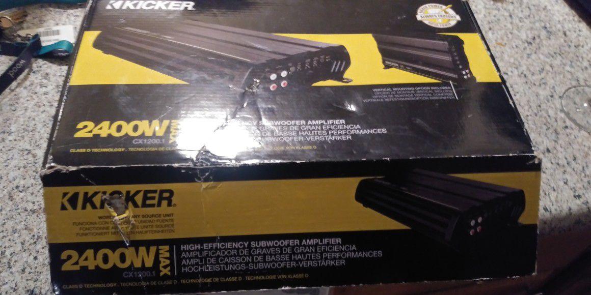 2 kicker L3 15's w/box and 2400 watt kicker amp.