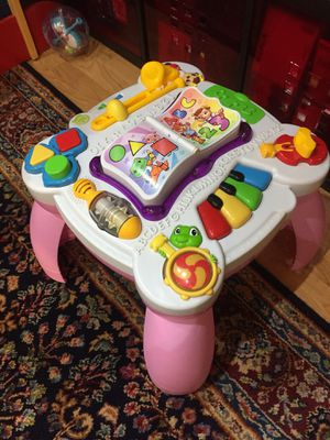 Photo Spanish/English Toddler Activity learning table with music