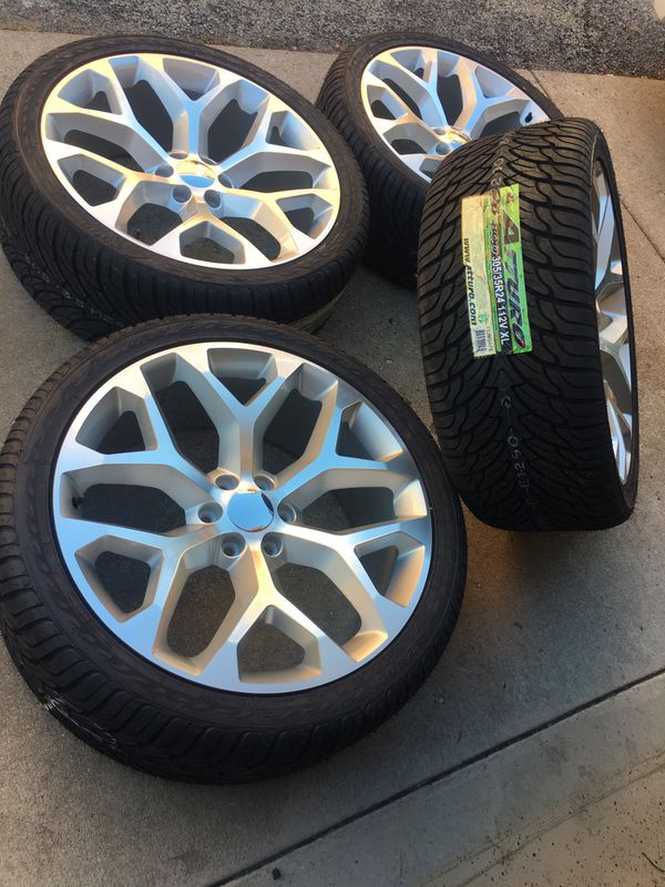 24 Inch Gmc Replica Wheels And Atturo 305 35 24 Tires 6 Lug 6x139 7 Yukon Tahoe Silverado For Sale In Chicago Il Offerup