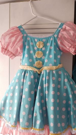 Doll Costume 5-7 years old for Sale in Miramar, FL