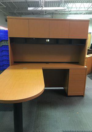 L-shaped Corner Work Station Computer Desk for Sale in Sterling, VA