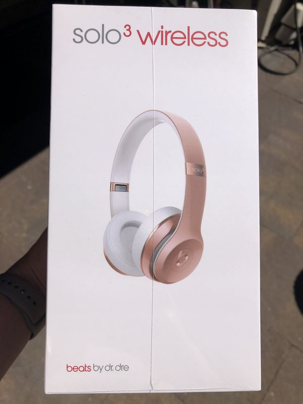 Beats solo wireless headphones rose gold for Sale in Issaquah, WA - OfferUp