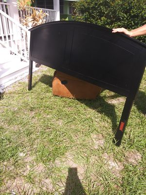 King size bed frame. for Sale in Winter Haven, FL
