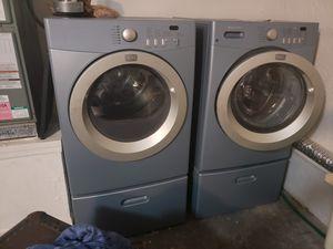 Frigidaire Affinity Dryer & Washer w/Pedestal for Sale in Orlando, FL