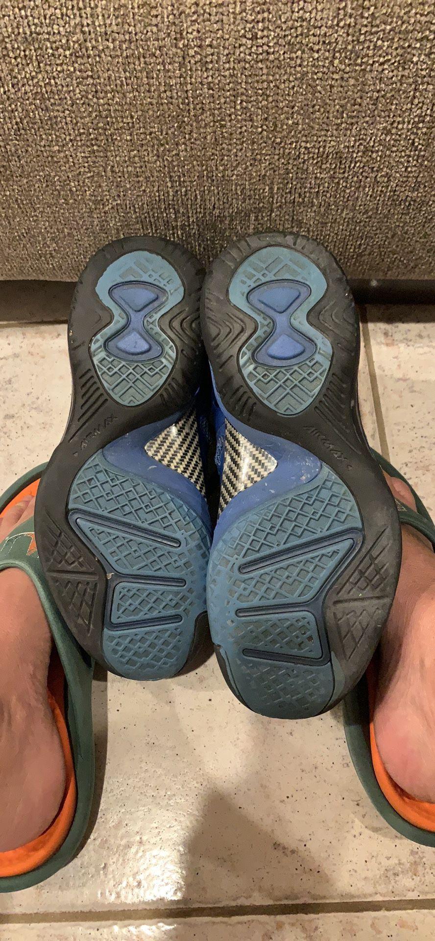 2 pairs Nike lebron James hi top sneakers. Size 6
