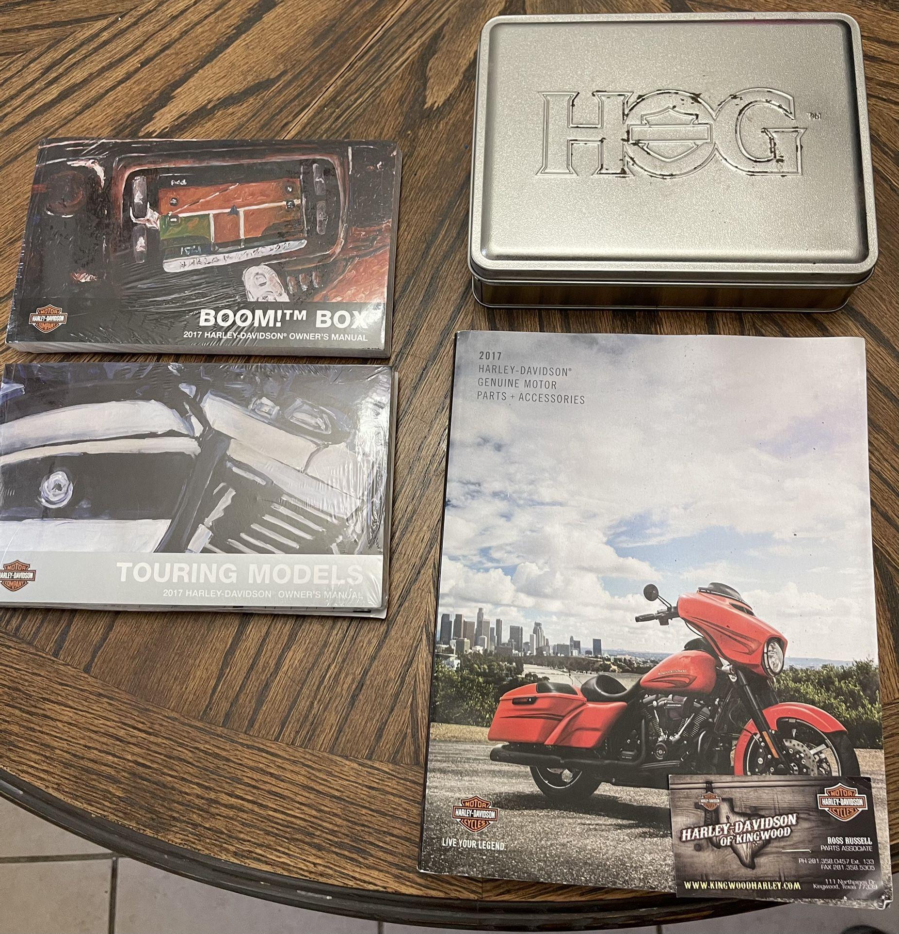 Photo 2017 Harley Davidson Manual, Parts Catalog, And Owner Kit