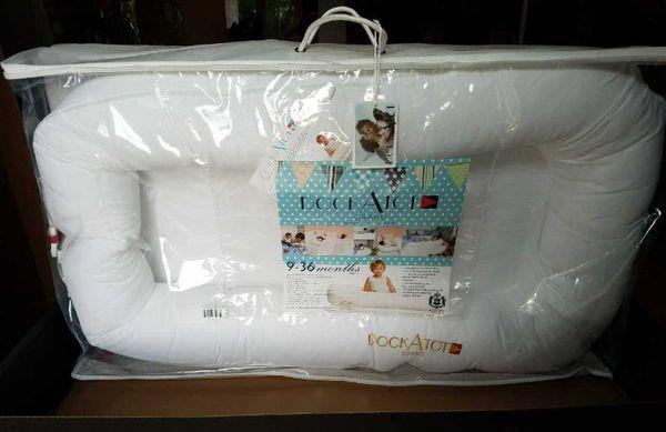 b33596bc3 BRAND NEW! NEVER USED! DockAtot GRAND Dock - Pristine White for Sale ...