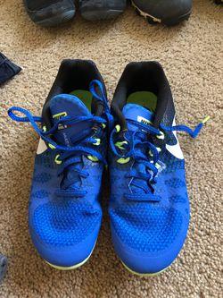 Track shoes Thumbnail