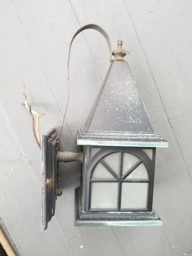 Vintage porchlight