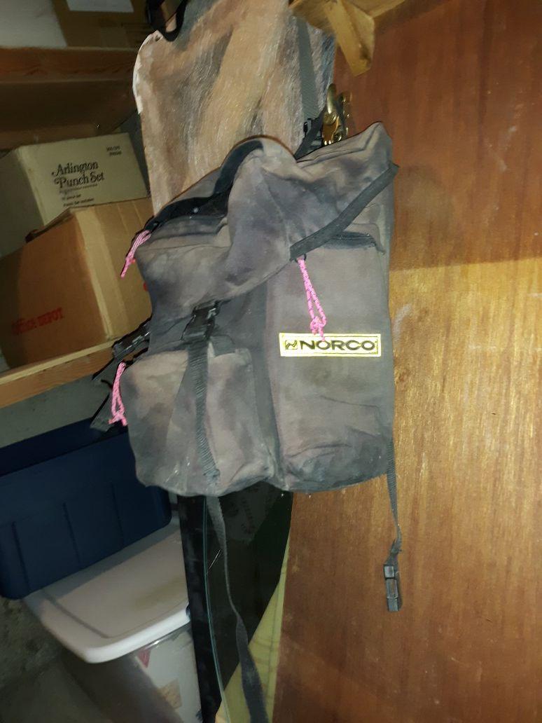 Vintage cycling saddle bags