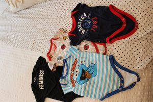 Photo 9 Baby boy size 0 to 3 months onesies