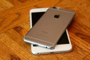 IPhone 6S, 64Gb Factory UNLOCKED//Excellent Condition// As like New//Price is Negotiable for Sale in Fort Belvoir, VA